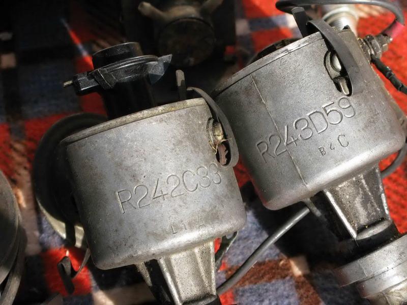 Vend R17 Type 1322, de Novembre 1975, décapotable. Piaces13