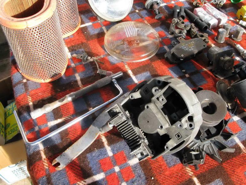 Vend R17 Type 1322, de Novembre 1975, décapotable. Piaces16