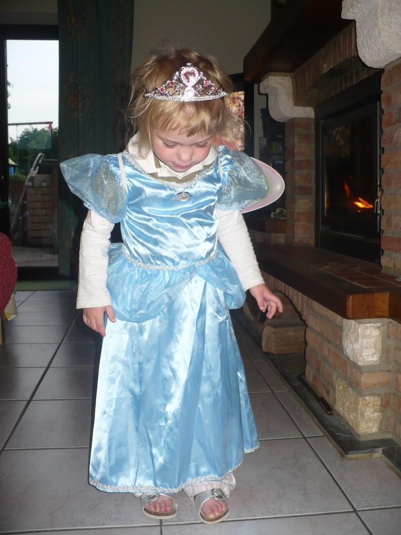 Robe de princesse - Page 10 P1120310