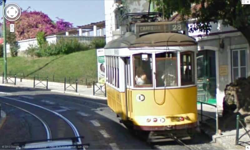 STREET VIEW : les tramways en action Sans_t32