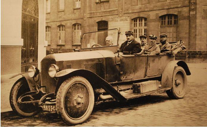 Le moteur diesel de Peugeot Junkers en 1930 Peugeo19