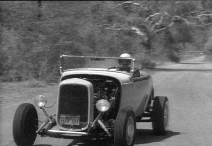 "Hot rod in street - Vintage pics - ""Photos rétros"" -  - Page 2 35810"