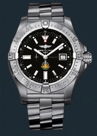 29 Commando Watch 29_wat10
