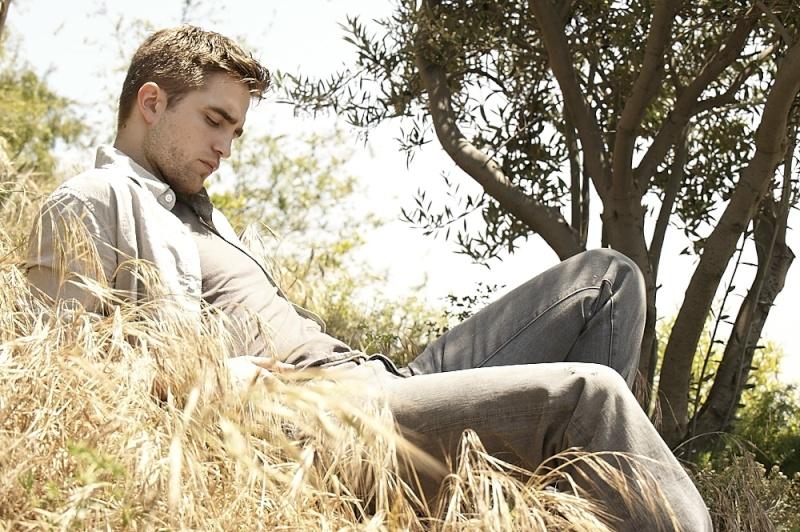 récap' Outtakes Robert Pattinson pour TVweek (Carter SMITH ) 094id10