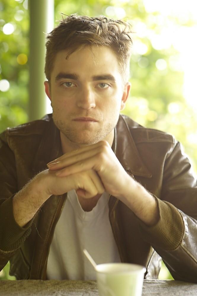 récap' Outtakes Robert Pattinson pour TVweek (Carter SMITH ) 411