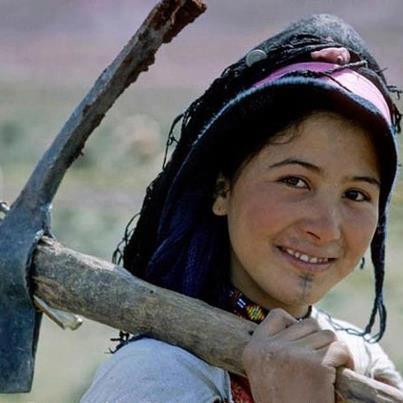tamazighte est encore plus belle en costume Amazigh Costum11