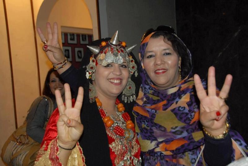 tamazighte est encore plus belle en costume Amazigh Costum14