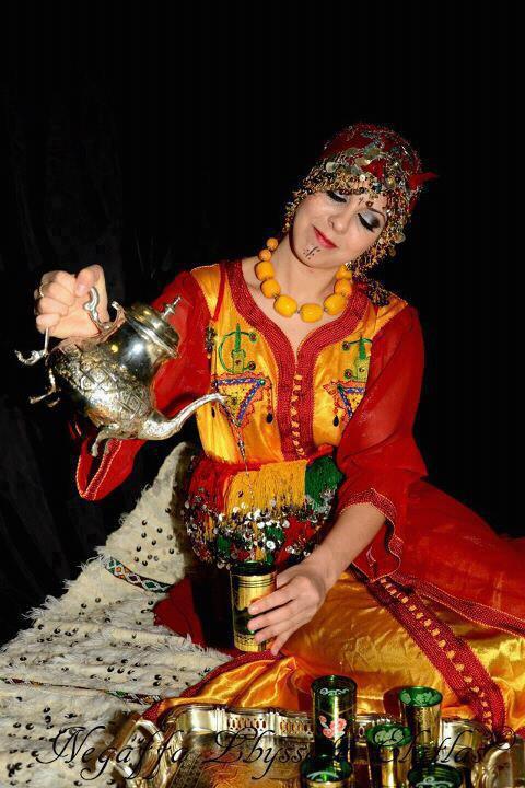 tamazighte est encore plus belle en costume Amazigh Costum19