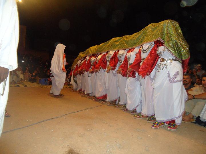 tamazighte est encore plus belle en costume Amazigh Costum20