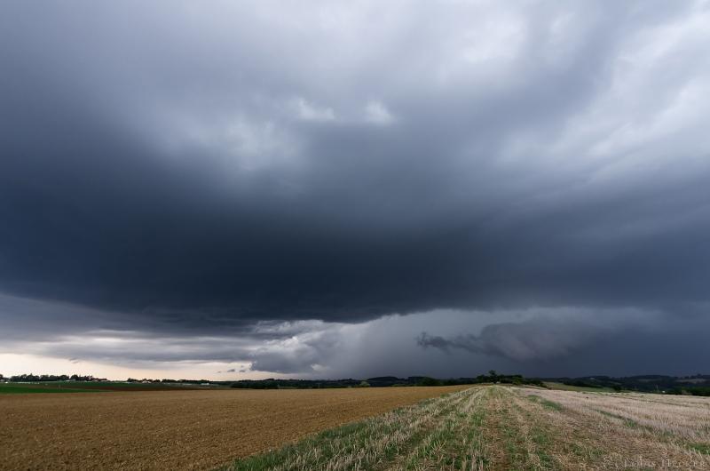 Orages de fin de saison (MAJ 3 octobre) Imgk1314