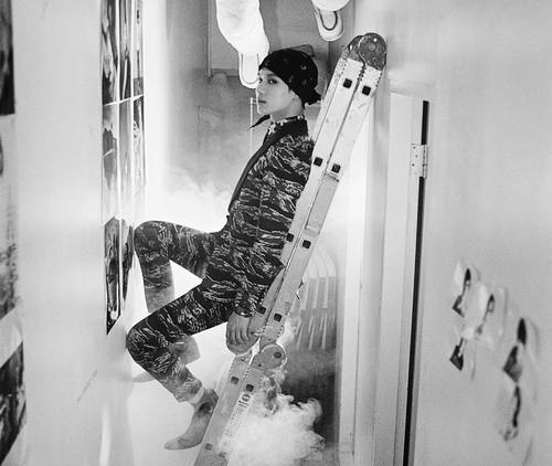 """[9/02/13] SHINee Come Back Photos Teaser """"Dream Girl"""" Shinee11"""