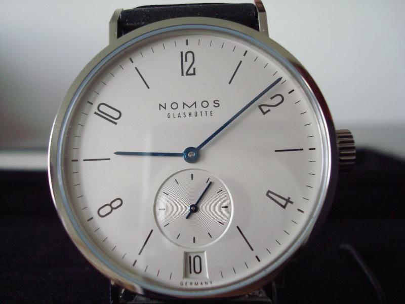 Feu de vos montres à aiguilles bleues Dsc01211
