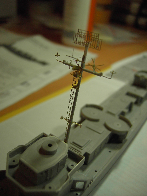 USS THE SULLIVANS 1/350 Pict8315
