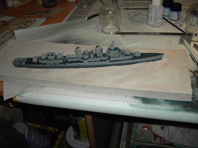 USS THE SULLIVANS 1/350 - Page 2 Pict8417