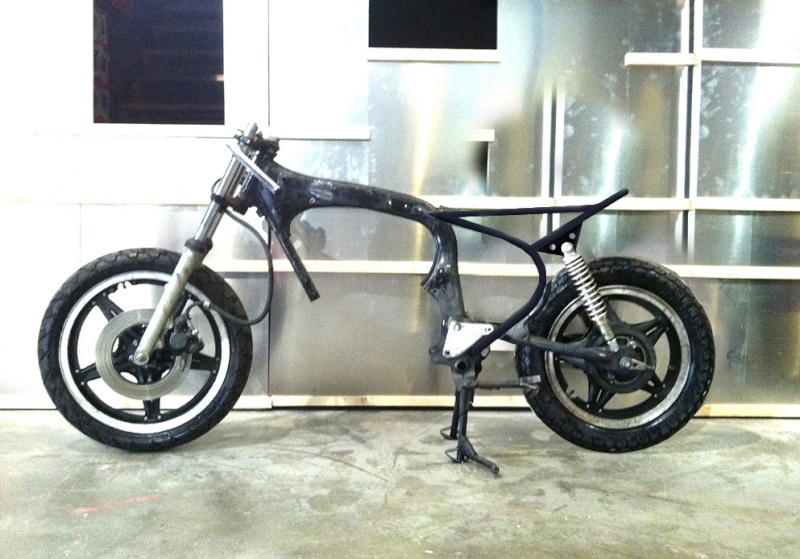 """Honda CM400TC 1983 """"From Custom to Scrambler"""" - Page 2 Chassi11"""