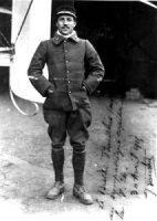 Jean Bourhis-Aviateur, Précurseur du Parachutisme Bourhi10