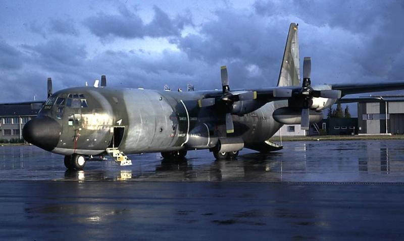 Hercules C130 N° 5152 C130_510