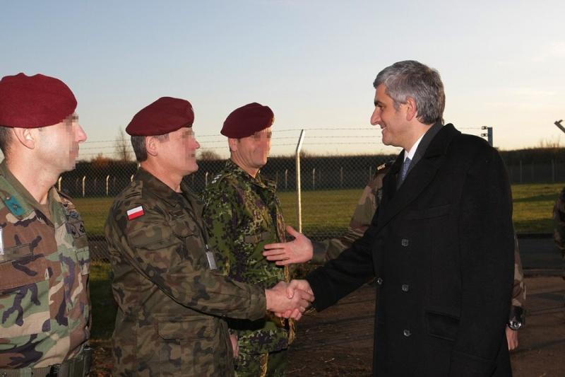 Le Ministre de la Défense visite le Commandement des Opérations Spéciales (COS) Presen10