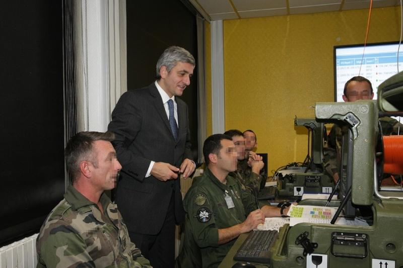 Le Ministre de la Défense visite le Commandement des Opérations Spéciales (COS) Presen11