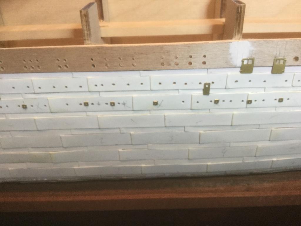 Construction  TITANIC 1/250 de Chez Amati - Page 20 51401b10