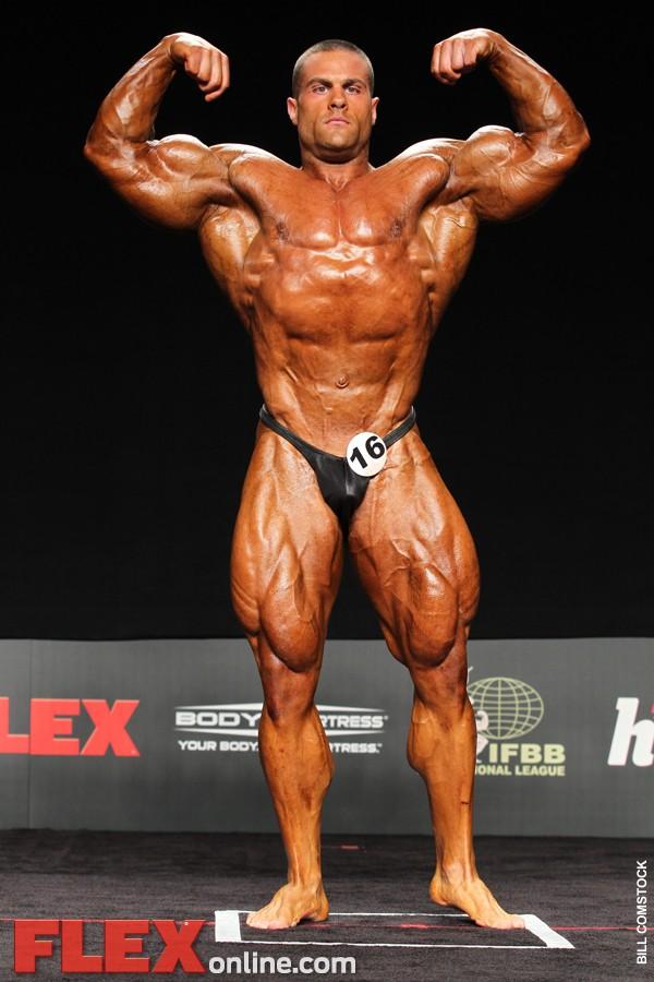 Evan Centopani remporte le Flex Pro Show 2011 Img04315