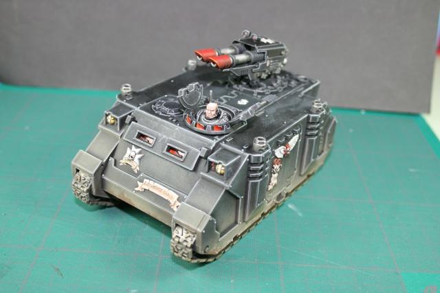 Mon armée de Black Templar en construction Rhino_17