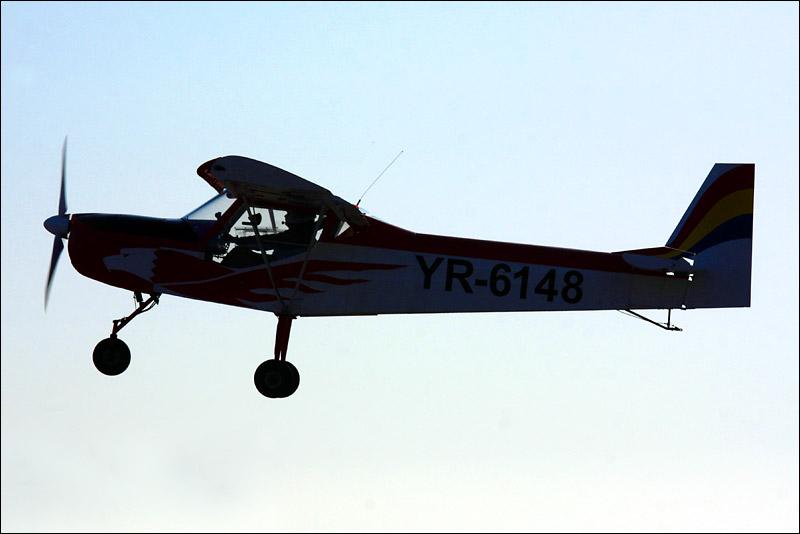Miting aviatic Satu-Mare - 19 octombrie 2008 Img_5011