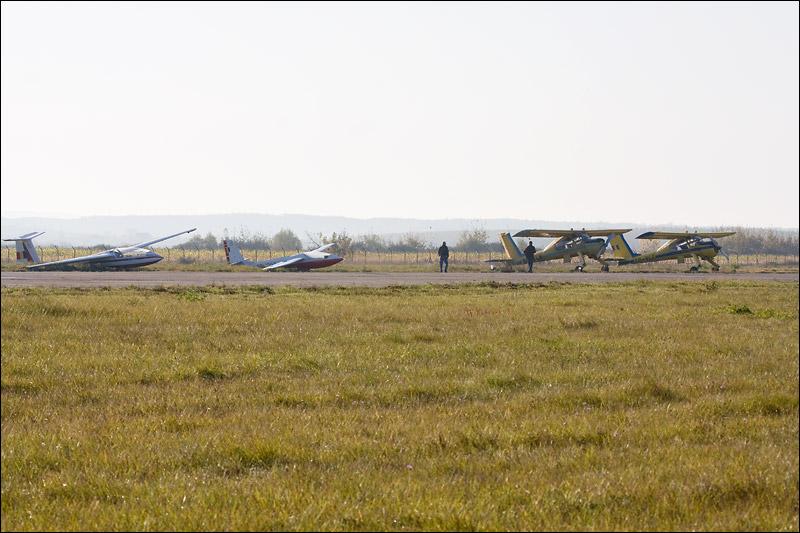 Miting aviatic Satu-Mare - 19 octombrie 2008 Img_5012