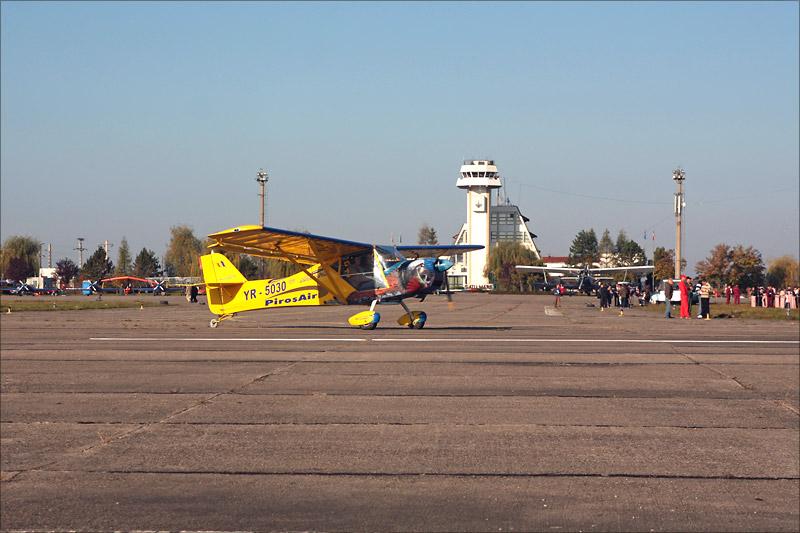 Miting aviatic Satu-Mare - 19 octombrie 2008 Img_5014