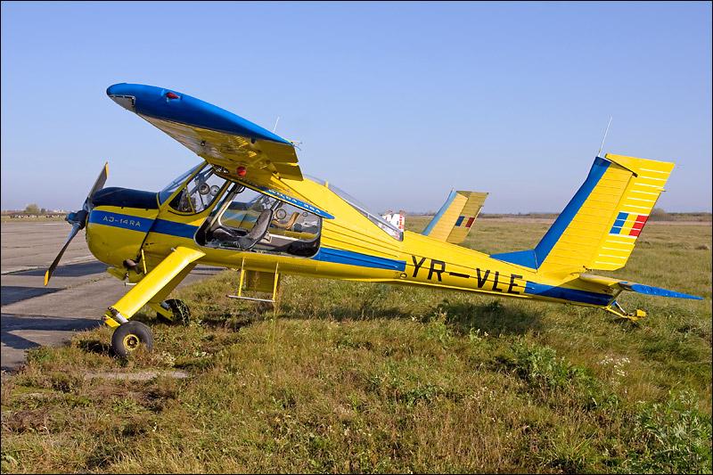 Miting aviatic Satu-Mare - 19 octombrie 2008 Img_5015