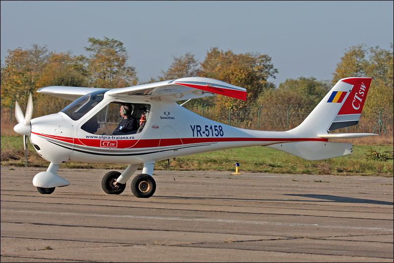 Miting aviatic Satu-Mare - 19 octombrie 2008 Img_5019