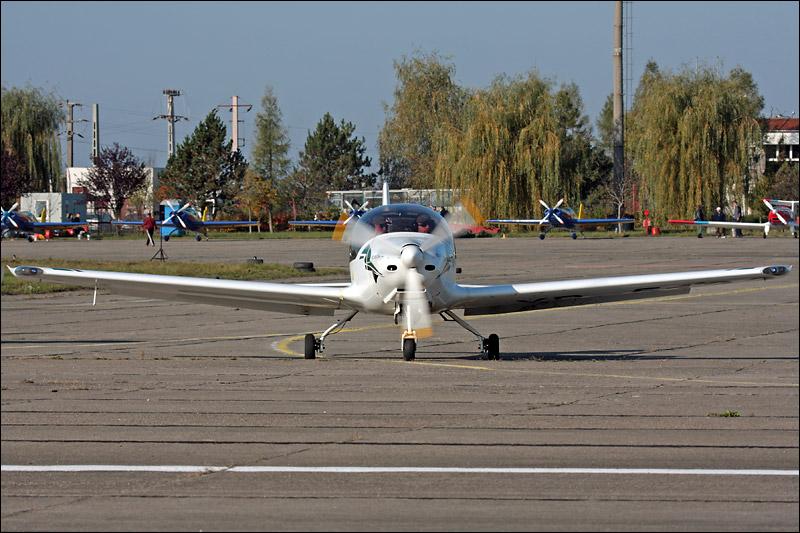 Miting aviatic Satu-Mare - 19 octombrie 2008 Img_5020
