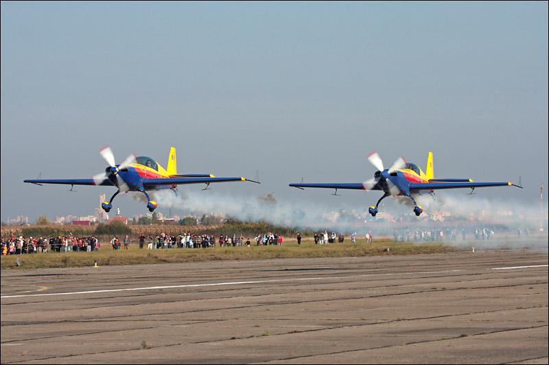 Miting aviatic Satu-Mare - 19 octombrie 2008 Img_5310