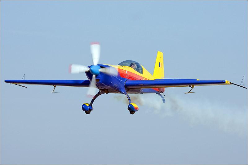 Miting aviatic Satu-Mare - 19 octombrie 2008 Img_5413