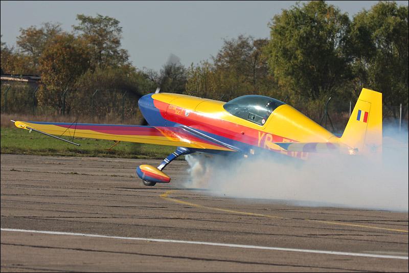 Miting aviatic Satu-Mare - 19 octombrie 2008 Img_5713