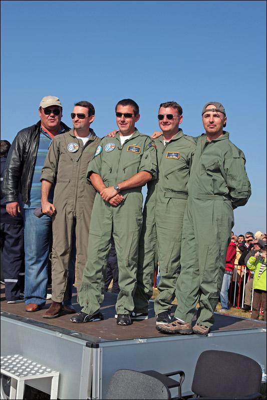 Miting aviatic Satu-Mare - 19 octombrie 2008 Img_6010