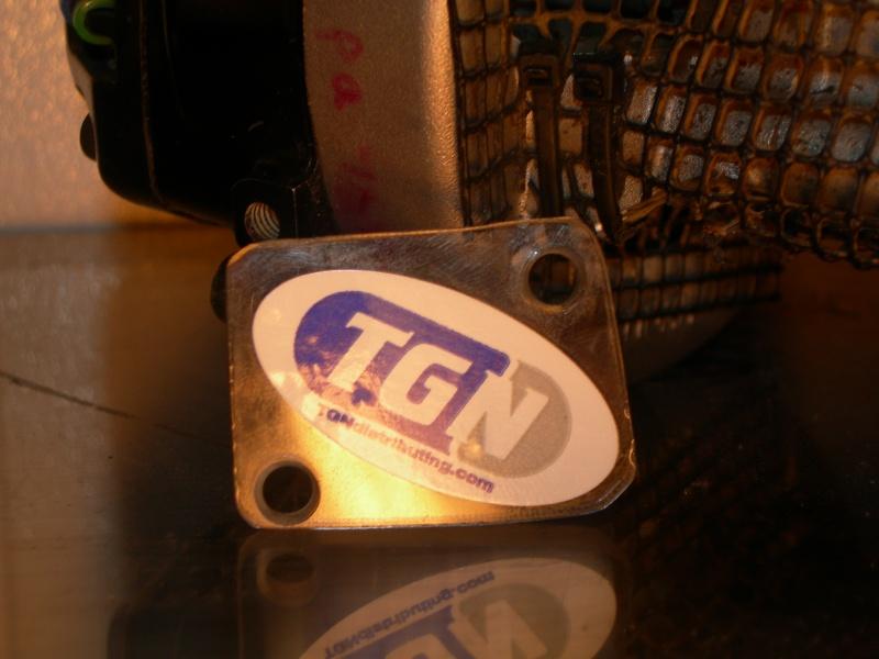 Bouchons a moteur !!!!! Dscn3712