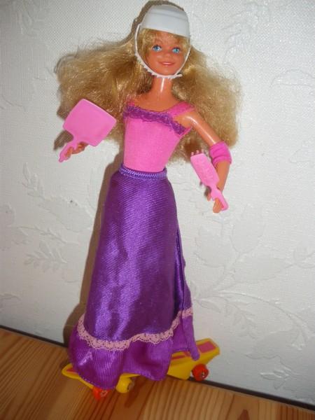 Ma collection de poupées Barbies - Page 4 Imgp0912