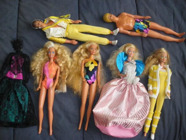 Ma collection de poupées Barbies - Page 4 Imgp0930