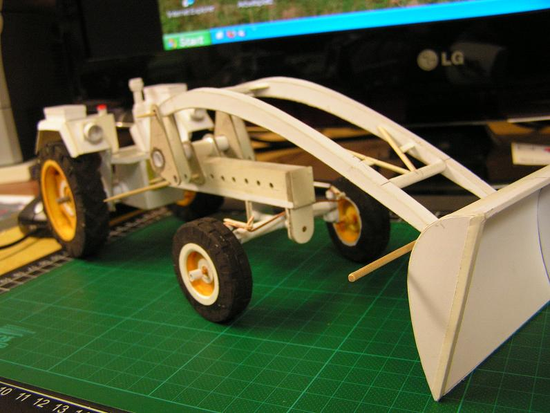 Geräteträger RS-09 1:20 Ein neuer Versuch gebaut von klebegold - Seite 2 83k10