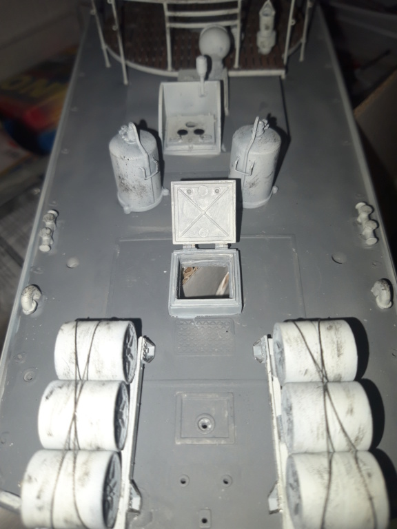Schnellboot de Italeri au 1/35 - Page 3 20200634
