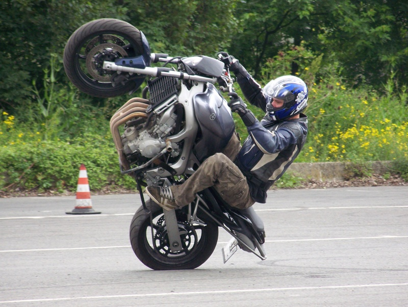SUZ-TRACKER Stunt_10