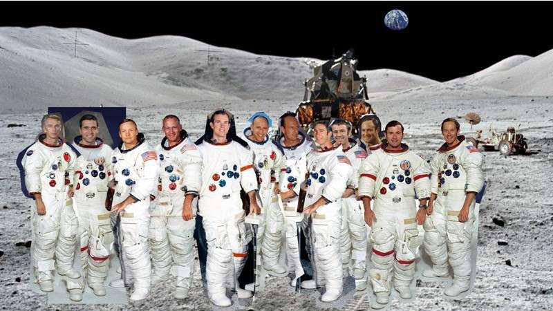 Recherche photomontage HR des 12 moonwalkers Assemb10