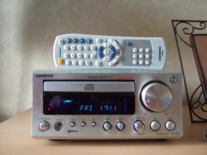 Mini-chaine Onkyo CR 505 + biblios Eltax Monitor 3 ( black ) Dscf0110