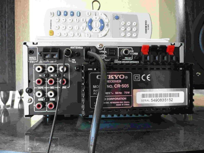 Mini-chaine Onkyo CR 505 + biblios Eltax Monitor 3 ( black ) Photo_10