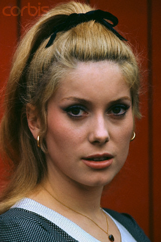 Bardot VS Deneuve Cather14