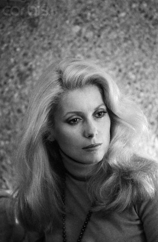 Bardot VS Deneuve Cather17