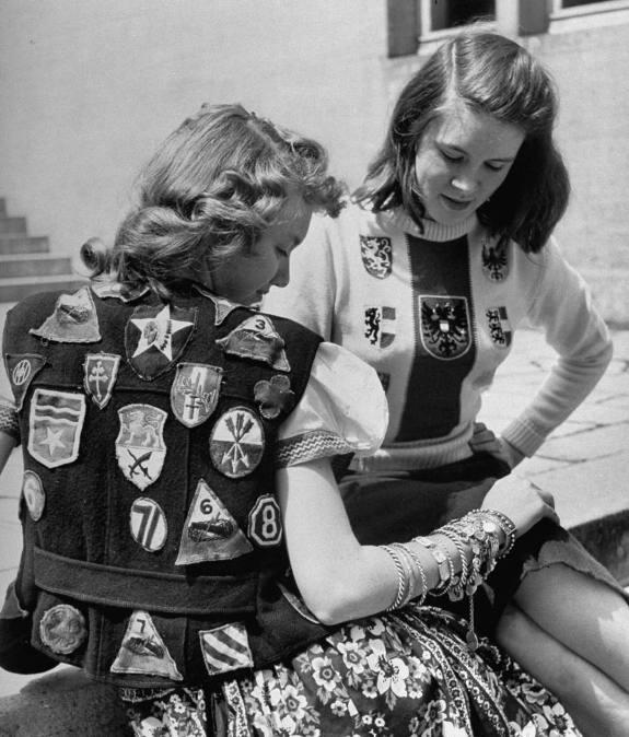 Girls in Germany - 1945 Post-620
