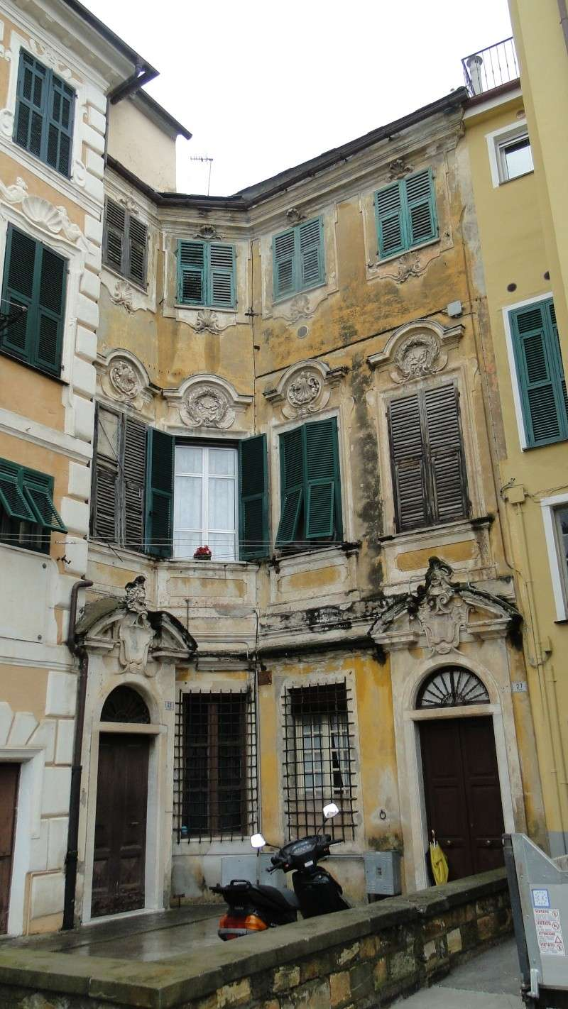 IMPERIA (ITALIE) - Page 4 Vieill10