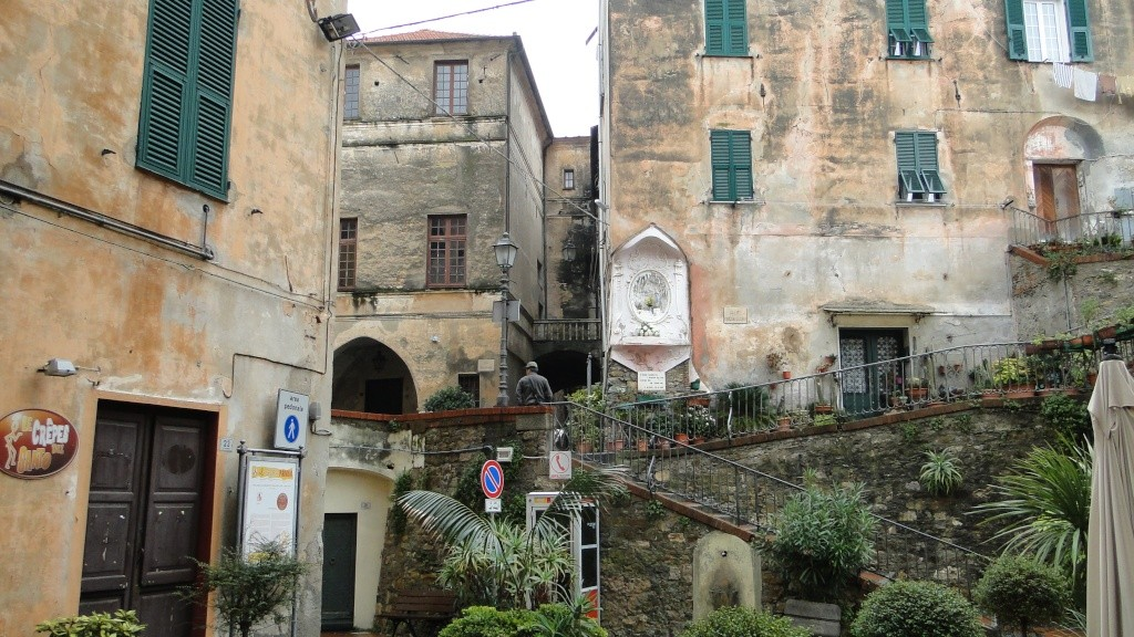 IMPERIA (ITALIE) - Page 5 Vieill13